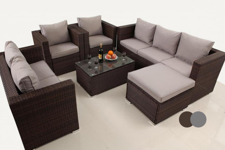 £469 instead of £999.99 (from Dreams Outdoors) for an eight-seater rattan garden set - choose from grey and brown and save 53%