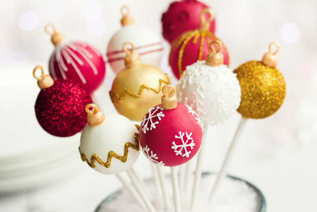 £29 instead of £59 for a 3-hour Christmas cake pop making class at Sweet Revenge, Kingston upon Thames - save 51%