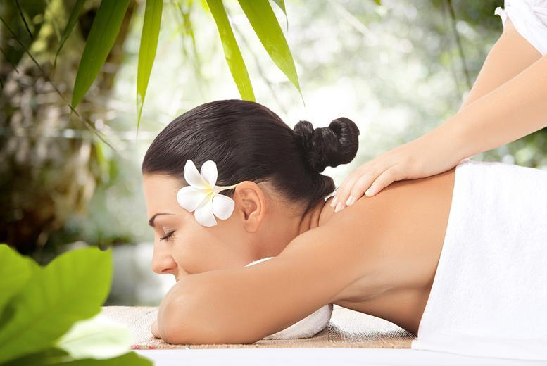 £19 for a full body exfoliating massage, deep cleansing facial and scalp massage at Roya's Holistic Therapies, Manchester - save 71%