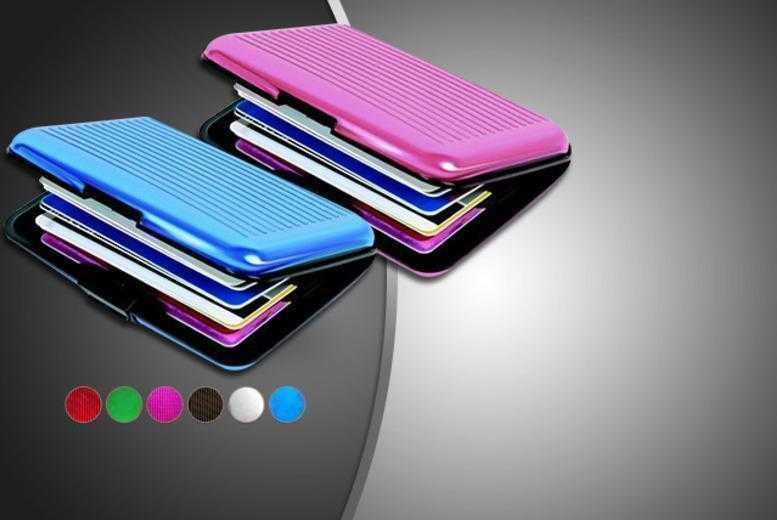 £6.99 instead of £28.99 (from Emyub) for two aluminium card wallets in your choice of colours - keep those cards safe and save 76%