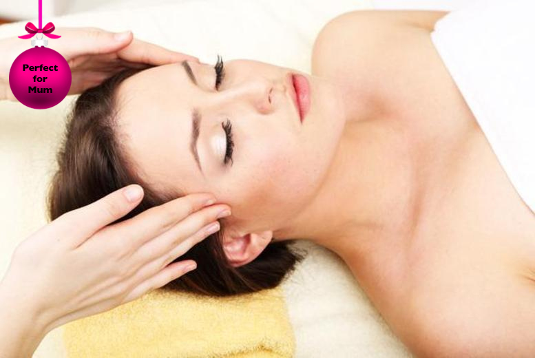 £19 for a winter pamper package inc. Dermalogica facial, head, neck & shoulder massage and express mani & pedis at Crown Beauty - save up to 78%