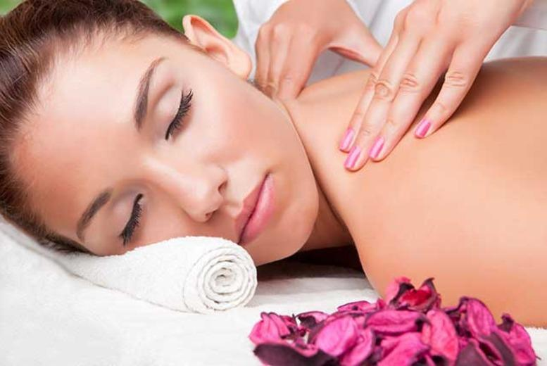 £16 for a luxury Dermalogica facial and Swedish massage at Ezina, Glasgow