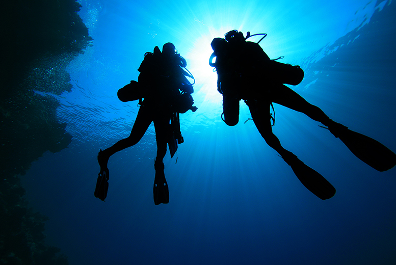 £89 instead of £195 for a 2-day PADI Open Water Diver referral course with Let's Go Scuba, Bolton - save 54%