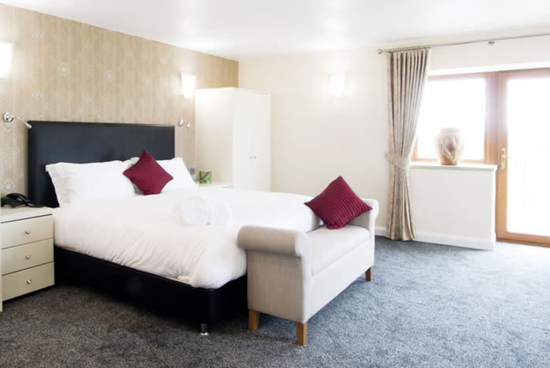 £69 for an overnight stay for two with two-course meal, a glass of prosecco, breakfast and late checkout, £109 for two nights at The Oak Royal Hotel - save up to 37%