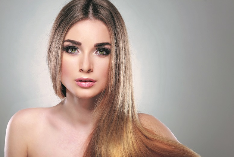 £6 instead of £74.99 for a MAC makeover photoshoot, A4 print, false lashes and £50 package voucher at Urban Makeovers, Leeds - save 92%