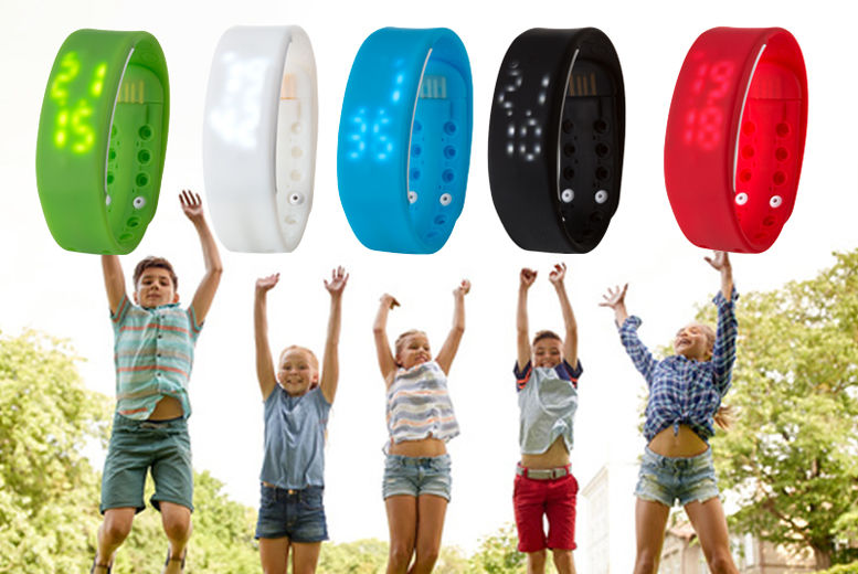 £7.99 instead of £19.99 for a kids' wireless bluetooth, activity-watch in black, blue, green, red & white from Ckent Ltd - save 60%