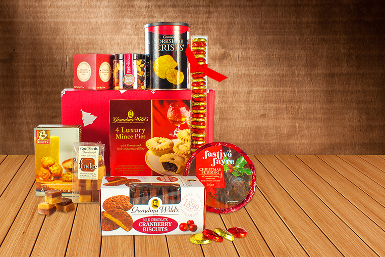 £19 for a luxury 9-piece Christmas treat hamper from Buyagift - treat yourself this season!