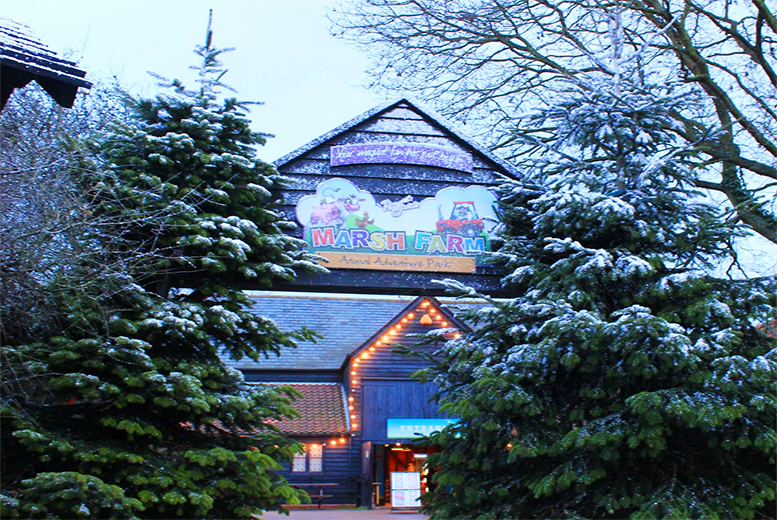 £9.99 for a child or adult ticket to a 'Let It Snow' Frozen-inspired interactive pantomime at Marsh Farm, Essex