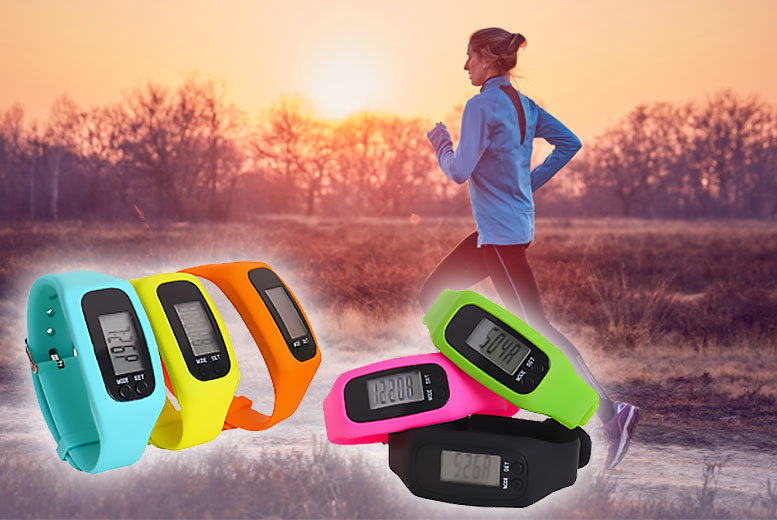£6.99 instead of £29.99 (from Tomllo) for a 4-in-1 fitness tracker - choose from blue, yellow, orange, pink, green or black and save 77%