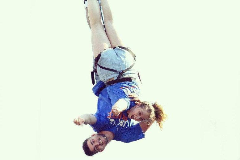 £99 for a 160ft Valentine's tandem bungee jump for two inc. a glass of bubbly each at your choice of ten locations, or £129 at London O2 - save up to 18%