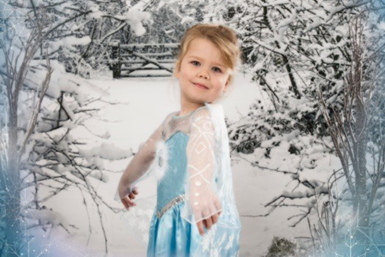 £9 instead of up to £94 for a 1hr 'Frozen'-inspired photoshoot and 3 prints at Jane Jordan Photography, Stourbridge - save 90%