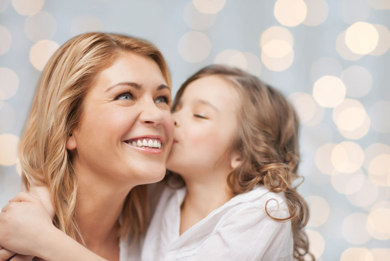 £10 for a mother & daughter photoshoot from Kaushik Bathia Photography at Northwood Hills Studios