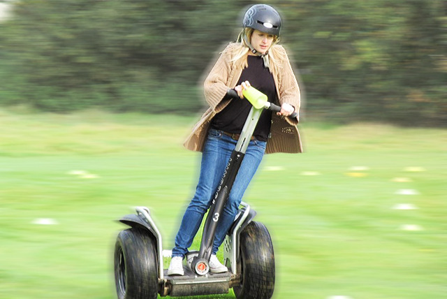 £16 instead of up to £35 for a 1-hour Segway tour experience at Berkshire 4x4 - try something totally different and save 54%