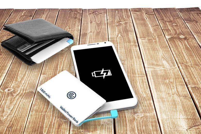 £7.99 instead of £19.99 (from Mobileheads) for an ultra slim 'credit card'-shaped smartphone PowerBank - stay charged and save 60%