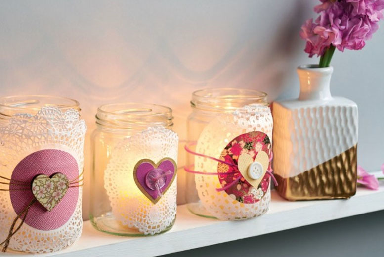 £29 for a candle making workshop for 1 person, or £49 for 2 at Midas Touch Candles, London Bridge