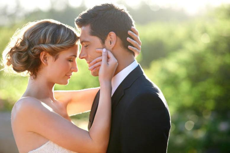From £1499 for a full wedding package from a choice of 3 options at The Blazing Donkey, near Canterbury - save up to 74%