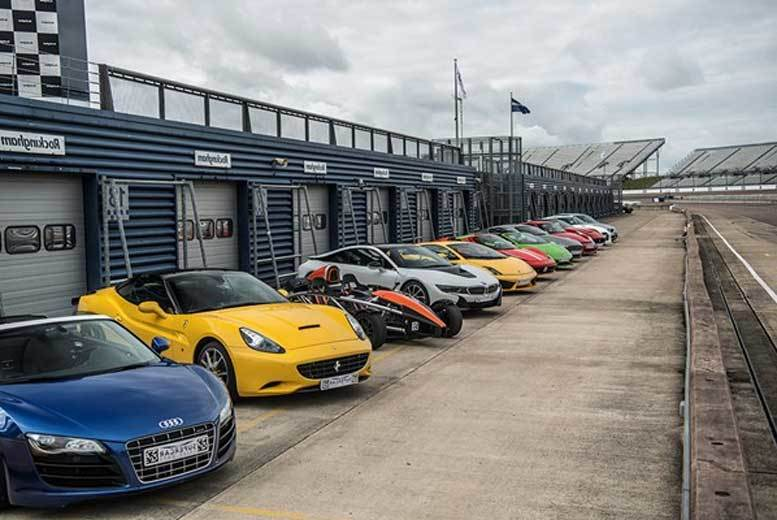 £39 for a supercar driving blast experience and passenger ride from Buyagift - get behind the wheel of a Porsche, Ferrari or Lamborghini!
