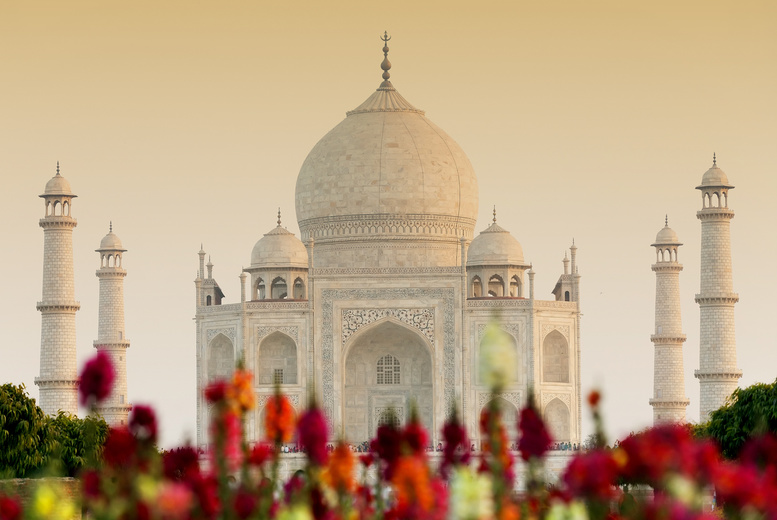 From £699pp for a 7-night India tour & flights, from £1199pp to include 6 nights in Nepal & Everest helicopter ride, or pay from a £300pp deposit today - save up to 30%