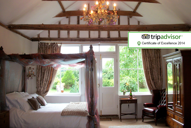 From £179 (at The Walnuts Country House) for a 2nt cottage stay for 2 inc. hot tub & bottle of wine, £259 for 3nts or £299 for 4nts - save up to 37%