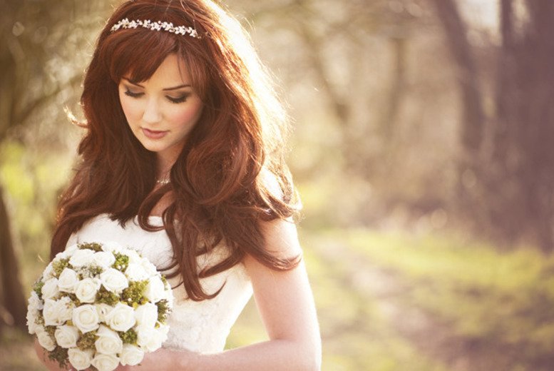 £24 instead of £239 for a 1-day bridal MAC makeup course for 1, £45 for 2 from Nida Mua, 18 UK locations - save up to 90%