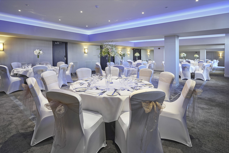 £5 instead of £10 for two tickets to Hilton's Atlantis Wedding Fair on 7th May 2017, £18 for two VIP tickets with a goody bag each at DoubleTree by Hilton, Docklands