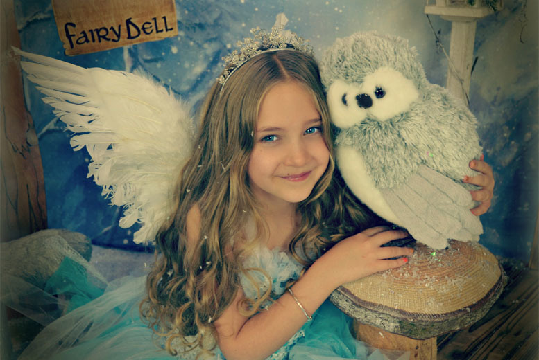 £9 instead of up to £50 for a snow fairy photoshoot for up to 4 children and 5x7 print from Fairy Dust Pictures – save up to 82%