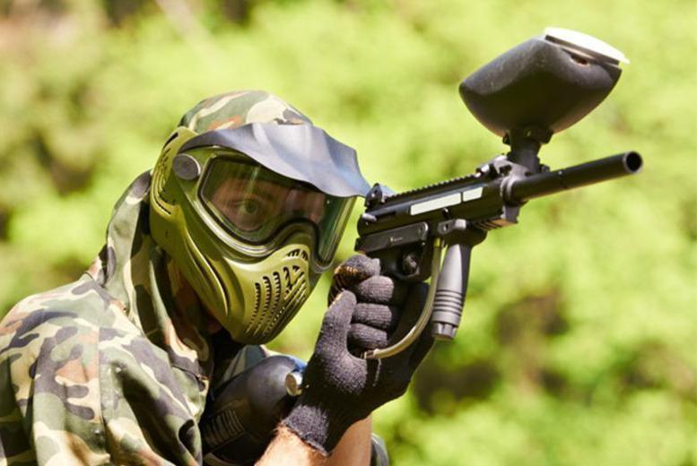 £5 instead of up to £50 for a paintballing day for 4 with lunch and 100 paintballs each, £8 for 10 people at Elsham Activity Centre - save up to 90%