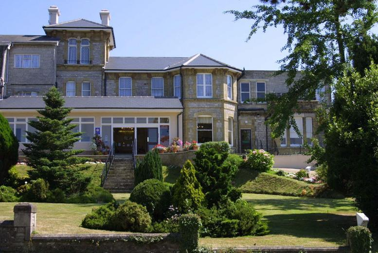 £199 (at Melville Hall Hotel, Isle of Wight) for a 2-night stay for 2 inc. return ferry, £25 spa voucher each, 3-course dinner and breakfast - save up to 51%