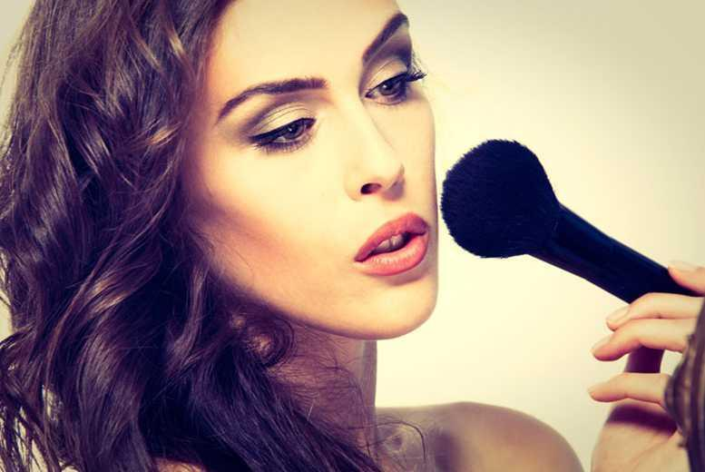 £8 for a 45-minute makeup tutorial with nibbles and bubbly at bareMinerals at Debenhams, Glasgow
