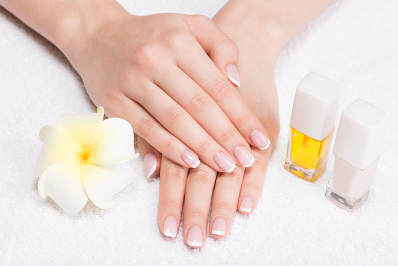 £8 instead of up to £17 for a full set of acrylic nails with clear tips from GlamMary Beauty and Nail Salon, Tyne and Wear - save up to 53%