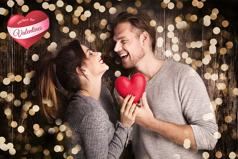 "£9 instead up to £75 for a couples' photoshoot including three 6"" x 4"" prints at Chris Mullane Photography, Chellaston - save up to 88%"