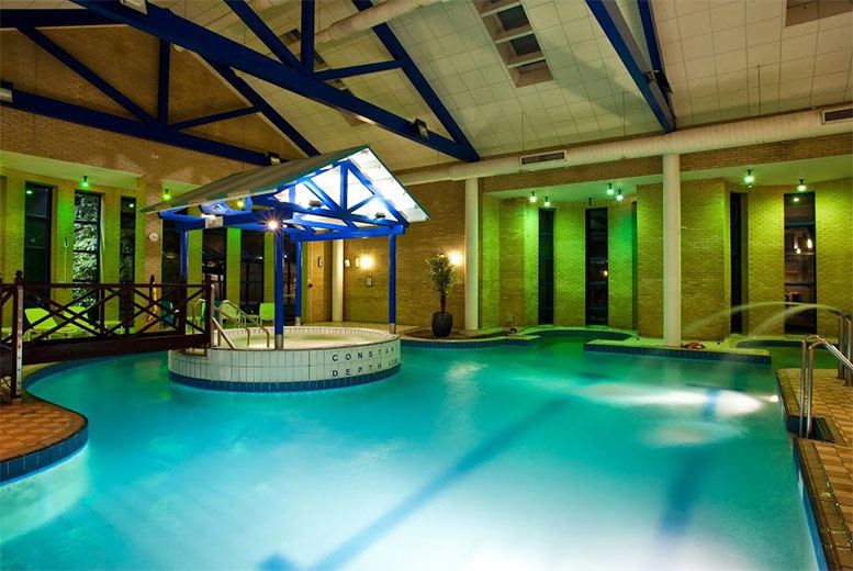£39 for a spa retreat with afternoon tea for two people at one of eight spa locations from Buyagift!