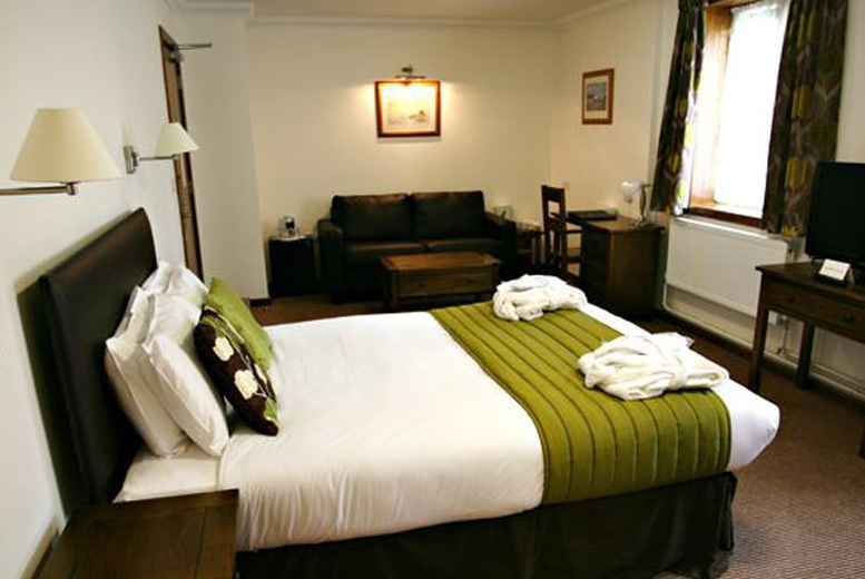 £79 (at Stanton House Hotel) for a 1nt stay for 2 inc. breakfast & afternoon tea, £129 for 2nts - save up to 47%