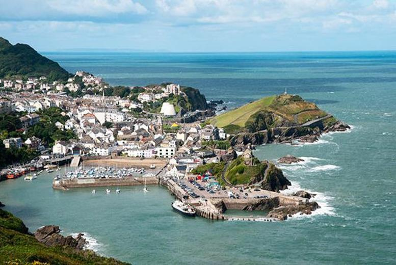 £89 instead of up to £220 (at The Grosvenor Hotel, Ilfracombe) for a 2-night break for 2 inc. 3-course dinner & breakfast - save up to 60%
