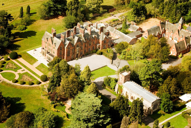 £99 instead of up to £179 for a 1nt break for 2 inc. mini spa treatment & breakfast, or £159 for a 2nt break at Wroxall Abbey - save up to 45%