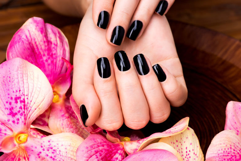 £14 for a gel polish manicure from Honey Pot Nails and Beauty