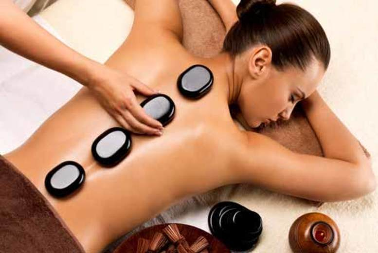£19 instead of £40 for a one-hour hot stone massage at Viauty, Chelsea - save 52%