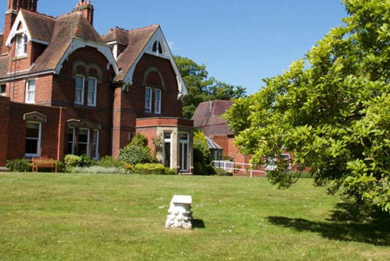 £29.95 for a sparkling afternoon tea for two with leisure access at Hallmark Hotel Stourport Manor