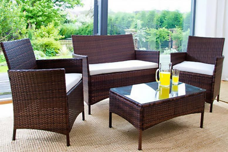 4-Piece Rattan Garden Furniture Set (Brown)