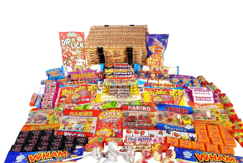 The Best Deal Guide - Monster Wicker Retro Sweet Hamper