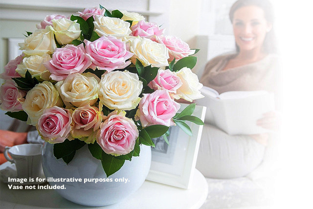 £19.99 instead of £39.99 (from Debenhams Flowers) for a luxury bunch of 12 roses inc. 6 pink and 6 ivory - save 50%