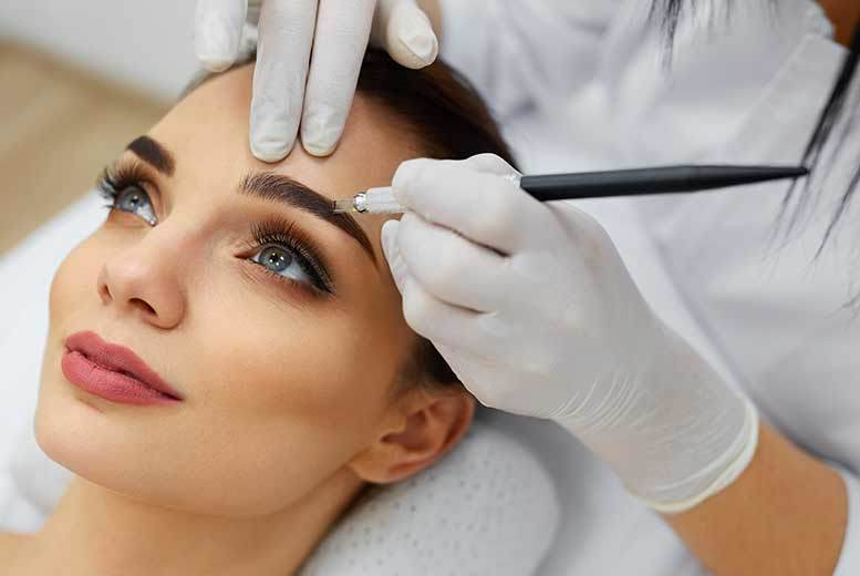 £69 instead of £200 for a semi-permanent eyebrow microblading treatment at Nails in the City, Cardiff - save 66%