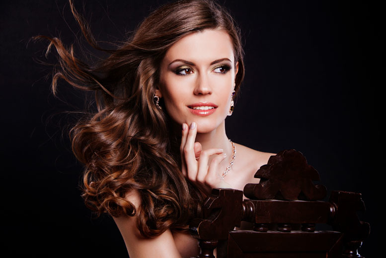 £16 for a cut, condition and blow dry at Cosentino's Hair & Beauty, Gosforth