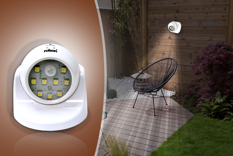 £7.99 instead of £34.33 for an SMD wireless motion sensor light, or £15 for two from Wowcher Direct - save up to 77%