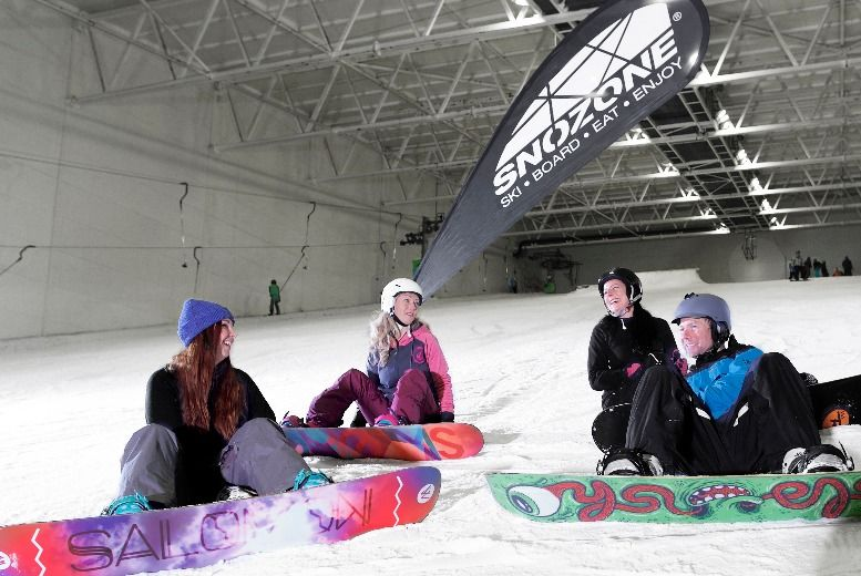 £99 instead of £179.99 for a snowboarding introduction day from Snozone - save 45%