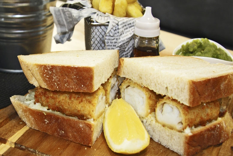 £14 instead of £25.80 for lunch for 2 including a drink each at Igors @ iPro Stadium - save up to 46%