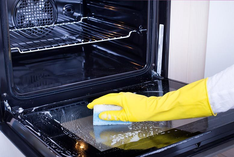DDDeals - From £33 instead of up to £124 for oven cleaning services with Clifford Cleaning, Lincoln - save up to 50%