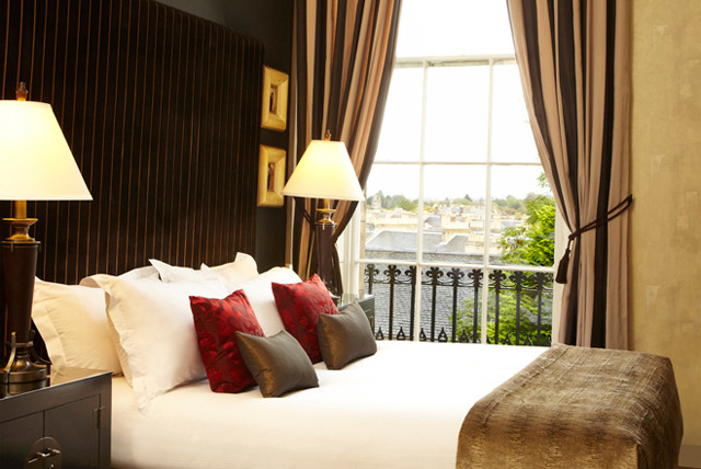 £169 for a 2 nt 5* Edinburgh break for 2 inc. breakfast, 3 course meal & Champagne or £279 for an Executive room at Nira Caledonia - save up to 58%