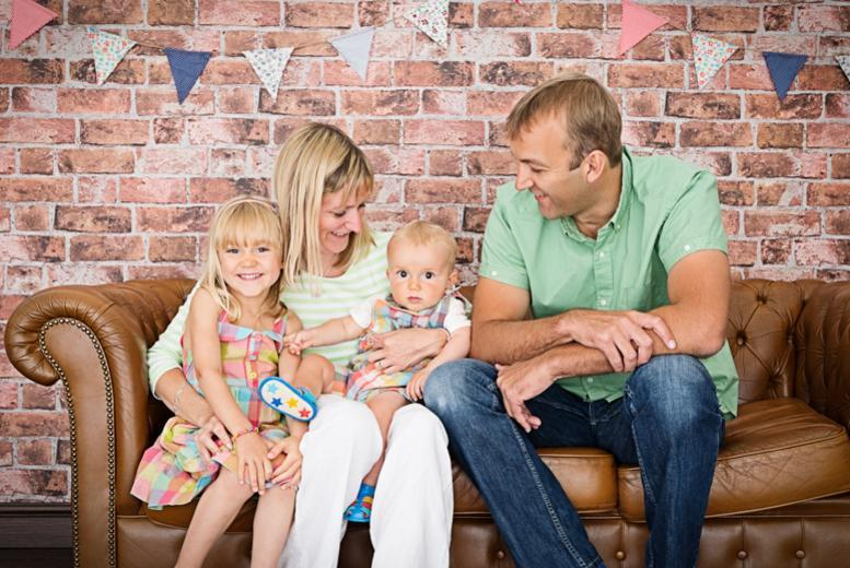 "£9 for a 1hr family photoshoot inc. five 7""x5"" prints and cinematic viewing at Daniel Moore Photography, Stone - save up to 95%"