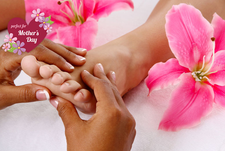 £39 instead of £82 for a pamper package for two including three treatments and bubbly each at New Town Beauty Lounge, Edinburgh - save 52%